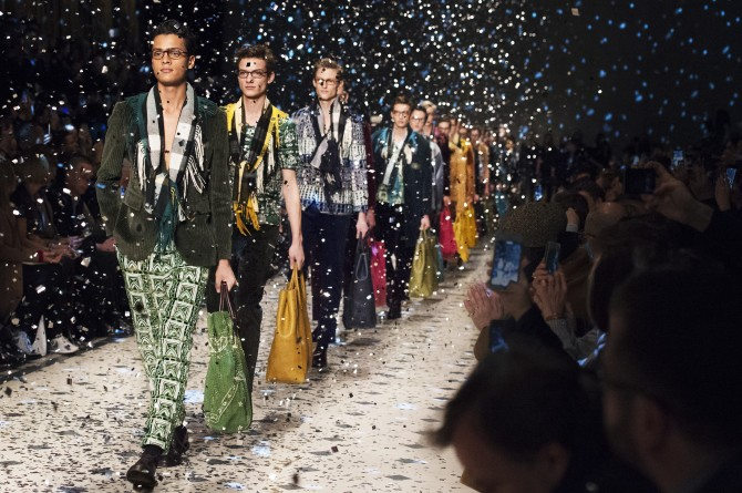 Burberry Prorsum Menswear Autumn_Winter 2015 Show Finale